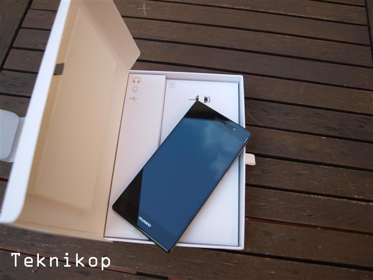 Huawei-Ascend-P7-3