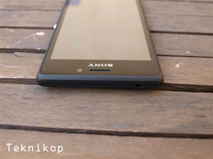 Sony-Xperia-M2-16