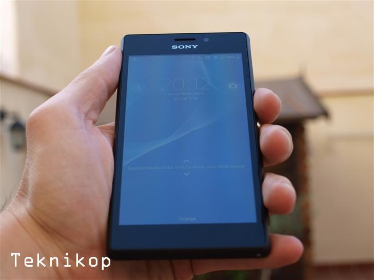 Sony-Xperia-M2-37