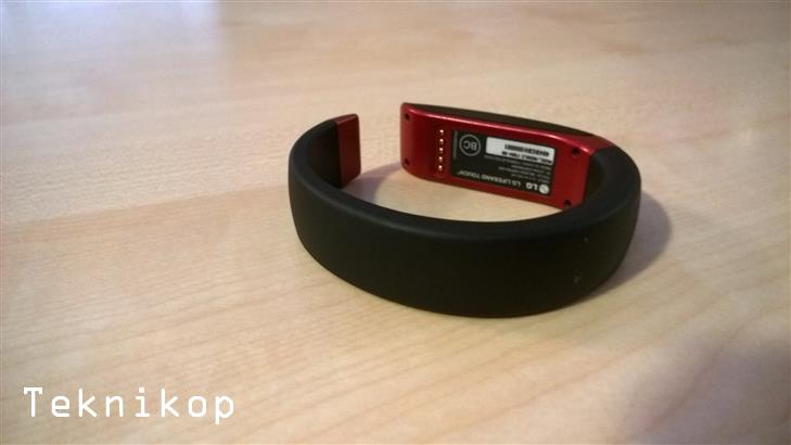 LG-LifbeBand-Touch-28