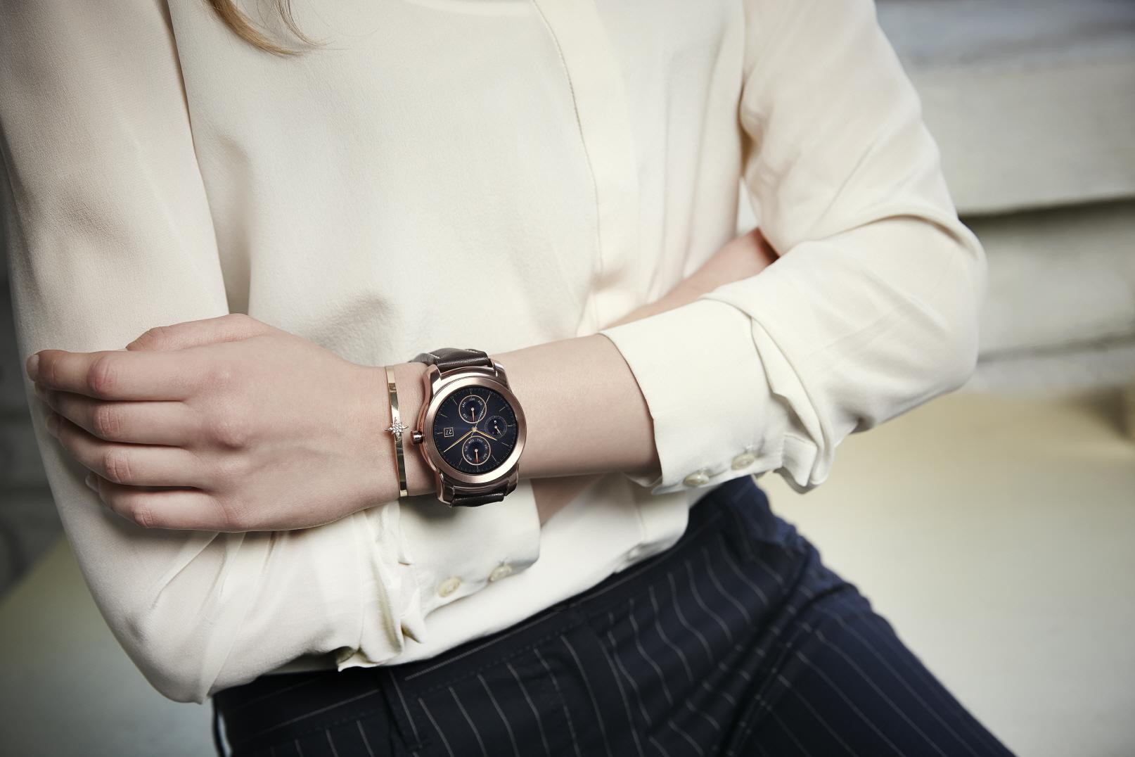 LG G Watch Urbane _Lifestyle