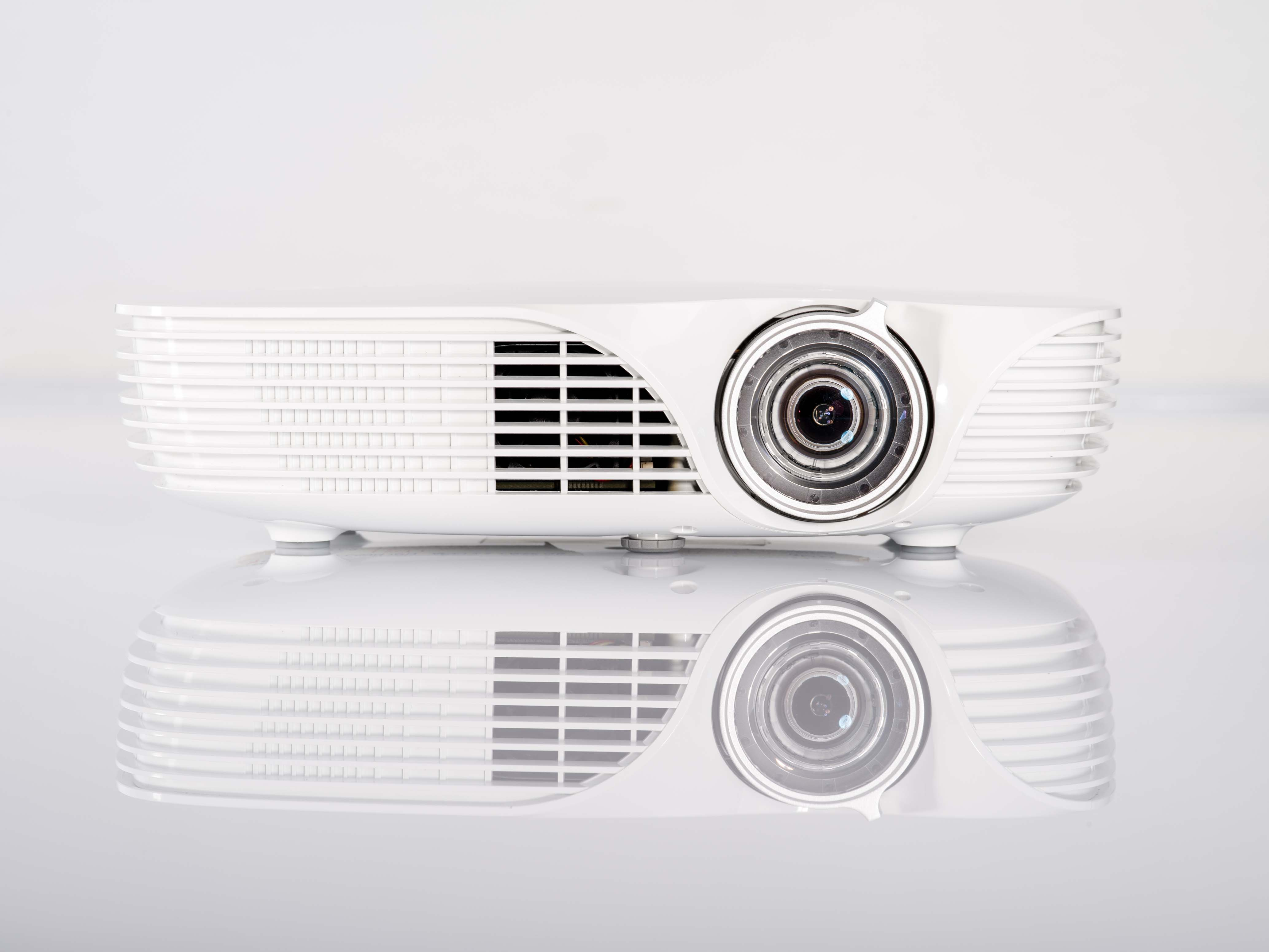ACER_Projector_K138ST_01