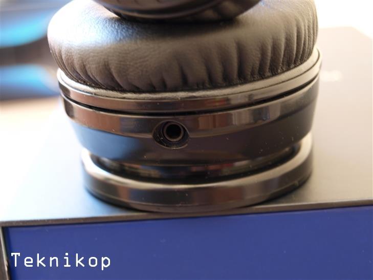 Energy-HeadPhones-BT9-Review-12