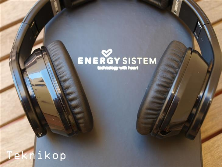 Energy-HeadPhones-BT9-Review-7